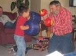 Lige teaching me how to box